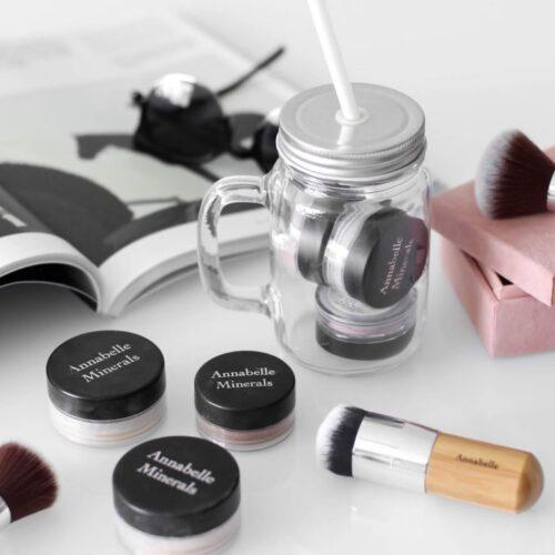 Jak nanášet minerální makeup + typy štětců  || Annabelle Minerals