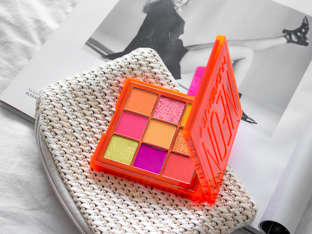 huda beauty neon orange paletka stínů