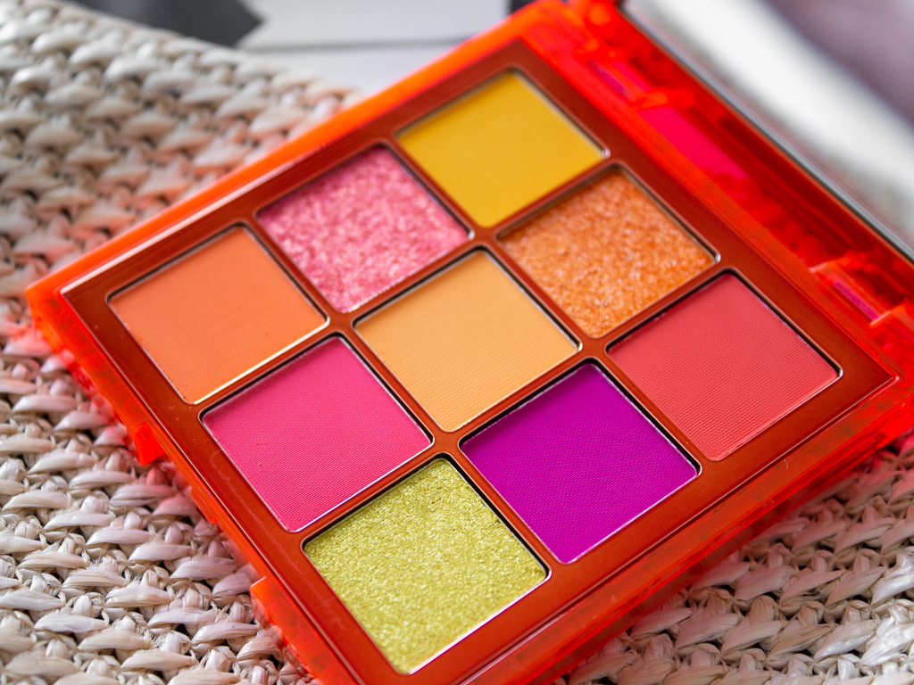 huda beauty neon orange paletka