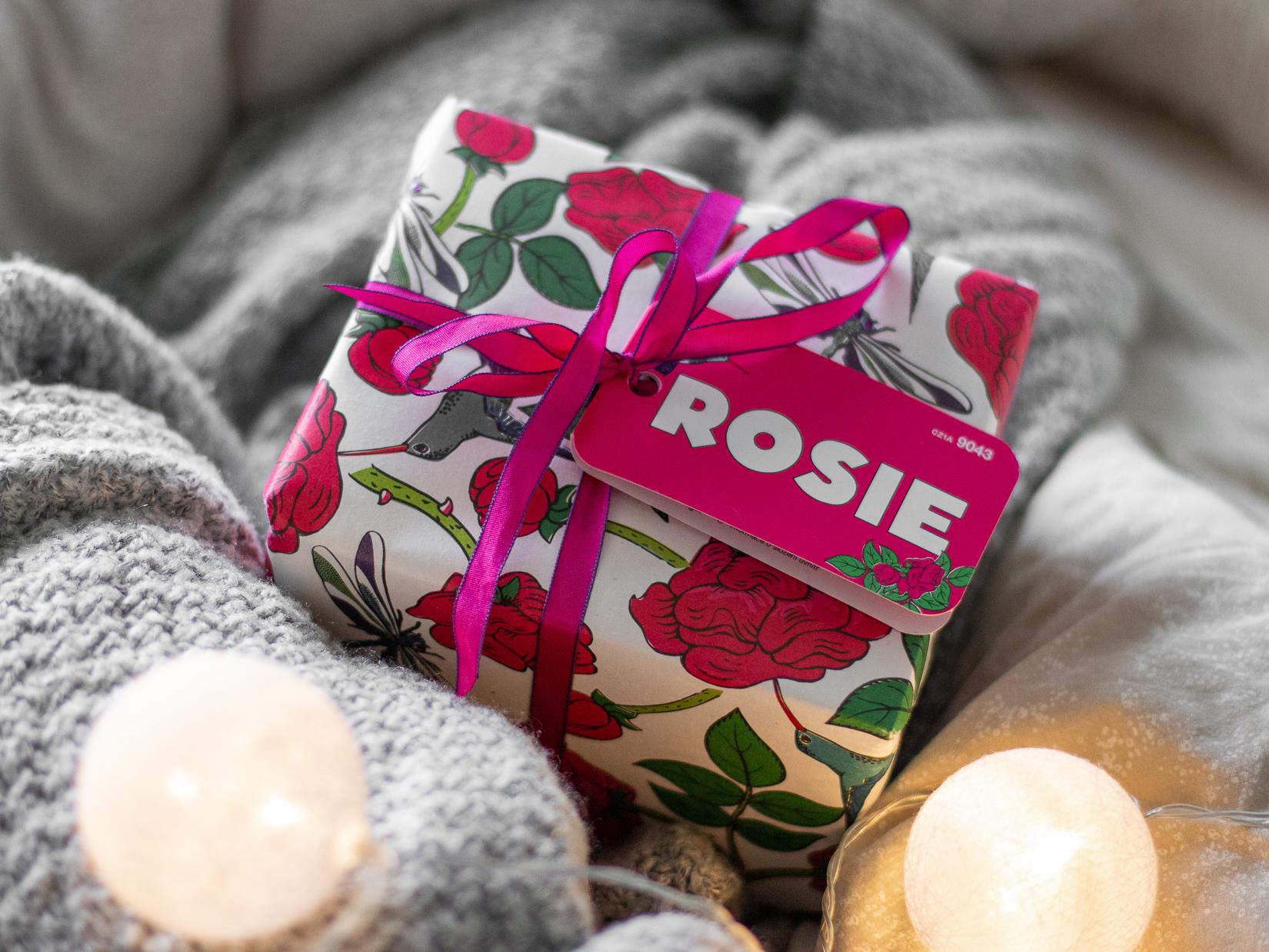 tipy na dárky vánoce 2019 lush rosie